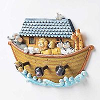 Noah's Ark With Wall Hooks